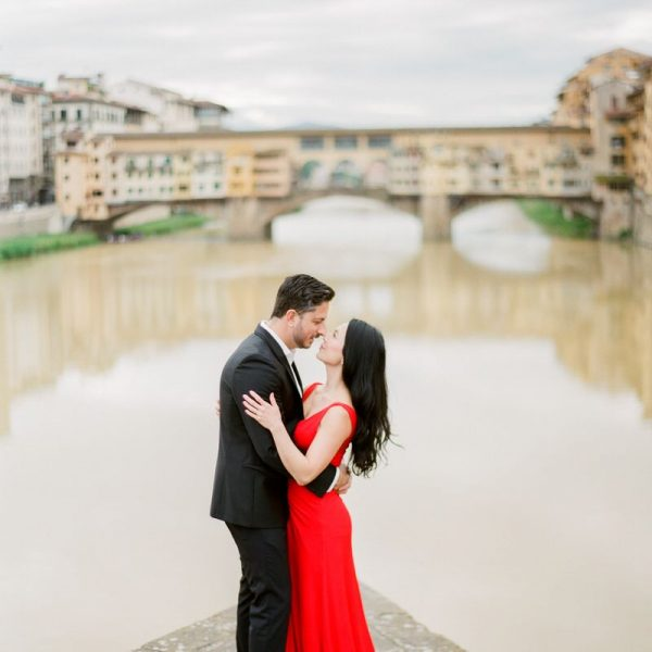 Honeymoon photos in Florence that make you dreaming of Italy
