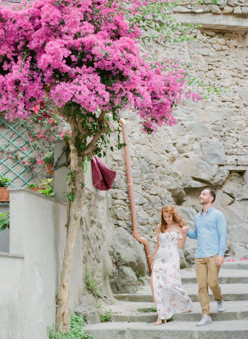 Engagement photo Shoot In Cinque Terre