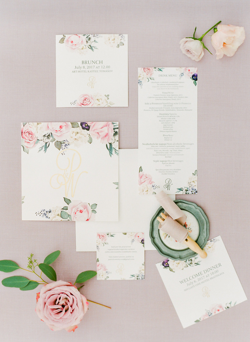 Wedding photographer italy archives peter and veronika film wedding in chateau seating for a cocktail stationary by floretally monicamarmolfo Image collections