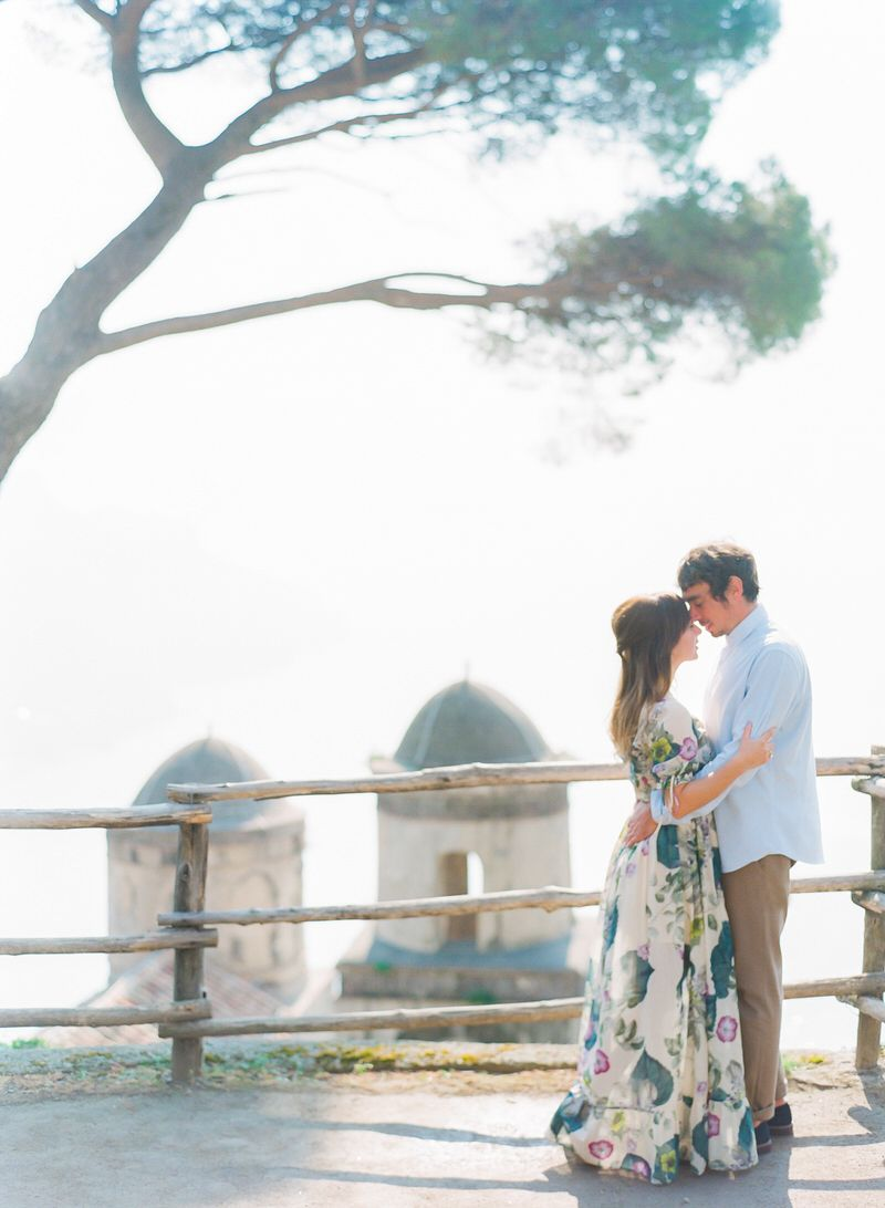Honeymoon Photoshoot In Vila Rufolo on Amalfi Coast