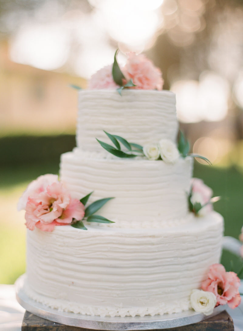 Dreamy Wedding Cake