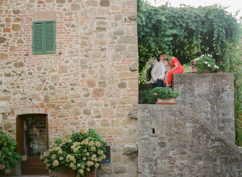 Engagement photoshoot in Tuscany