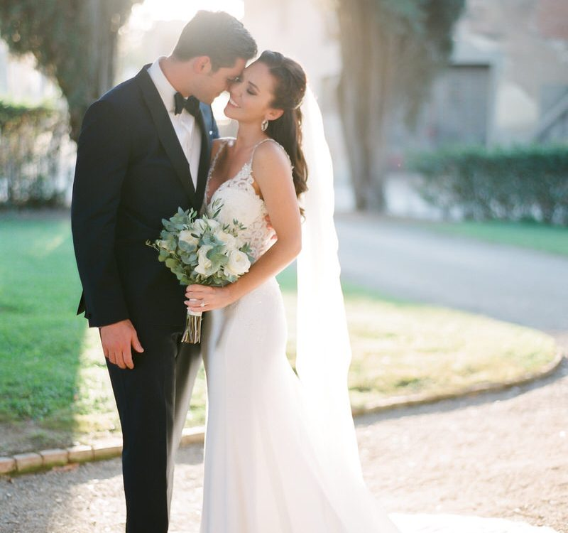 Outdoor organic wedding in the heart of Tuscany , Val d'orcia