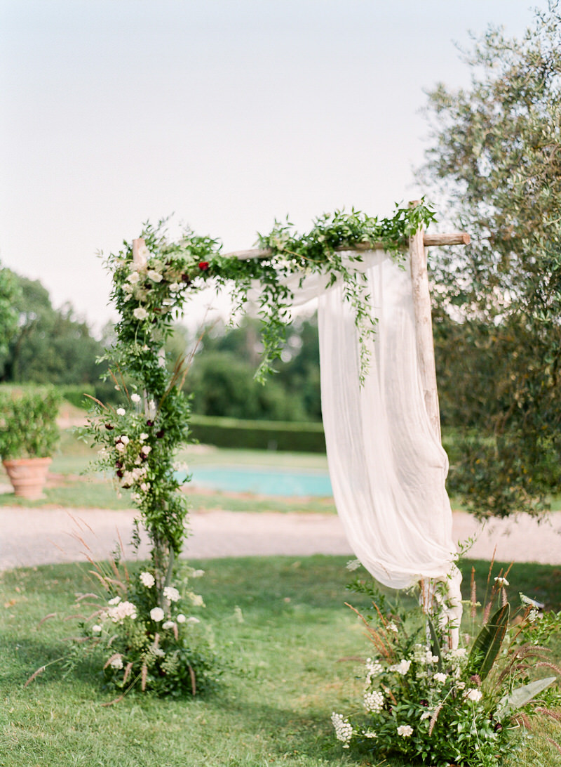 Organic Outdoor Ceremony