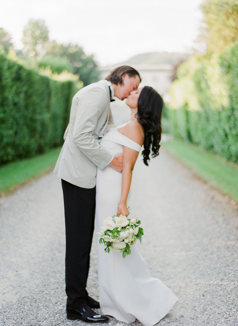 Famous blogger got married in Tuscany