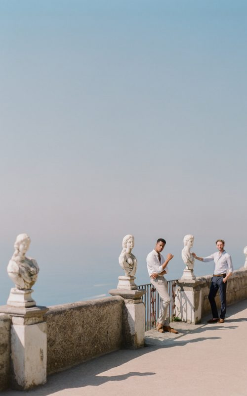 Sunrise photoshoot at terrace of infinity in Villa Cimbrone