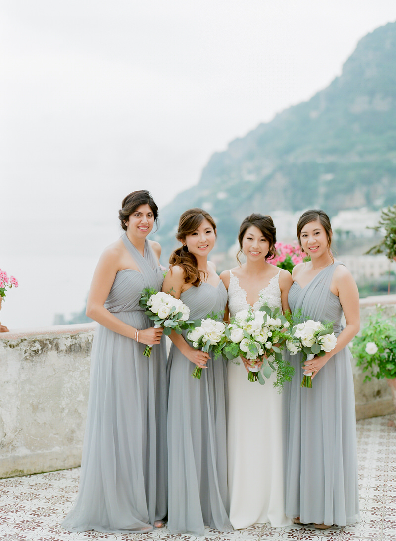 Bride with bridesmaids in Positano