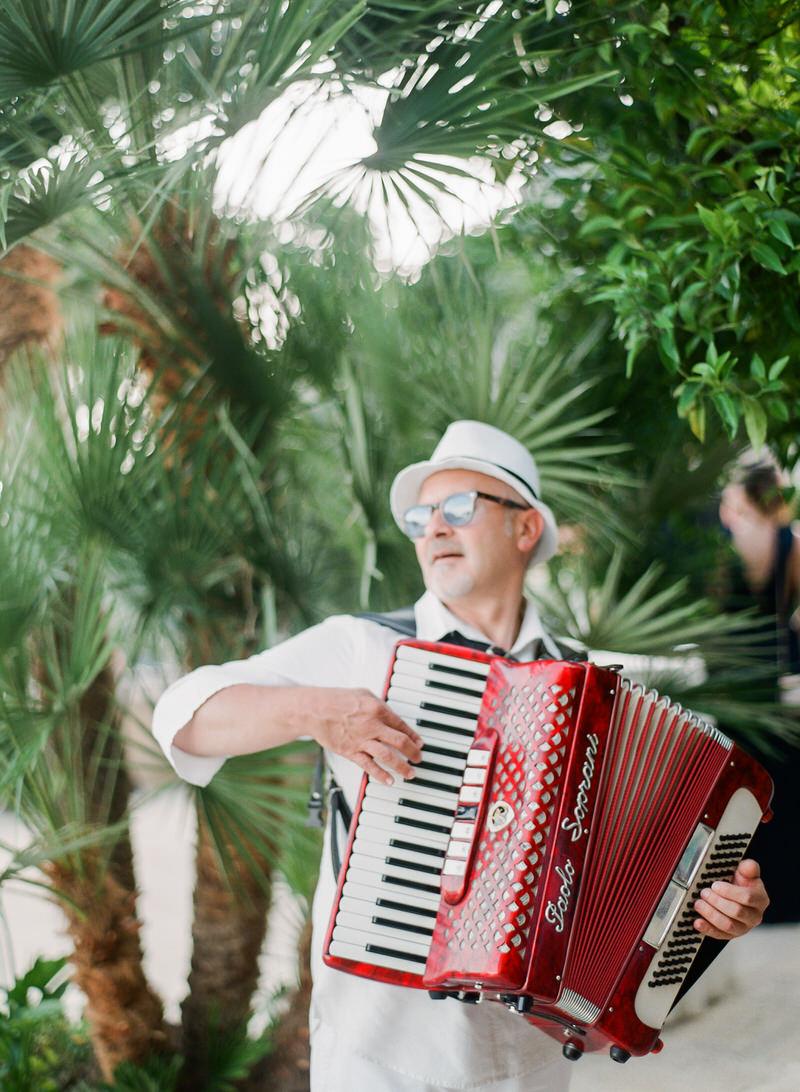 Wedding Band in Positano