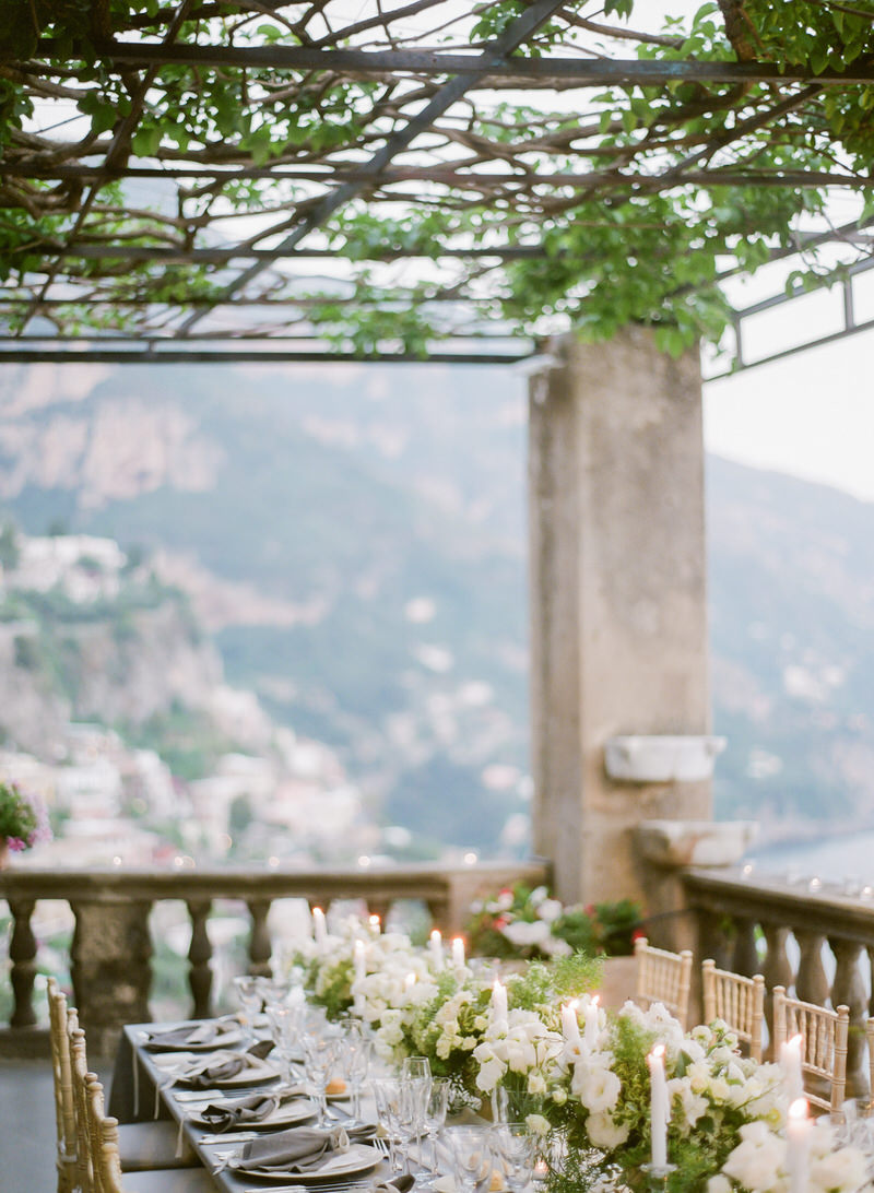 Organic wedding decor in Positano