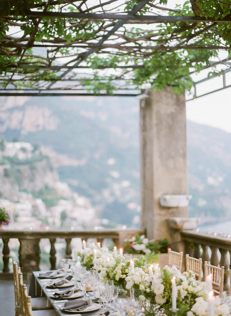 Organic wedding decor in Positano