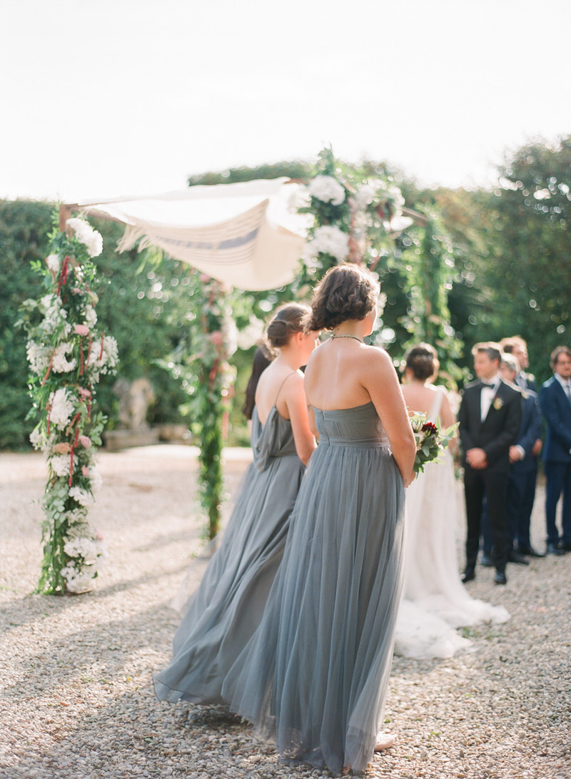 Outdoor ceremony at villa arconati in Italy