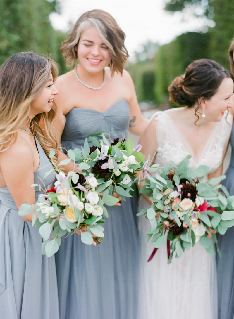 Bride with the bridesmaids in italy