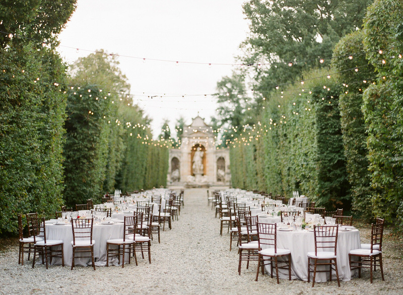 Destination outdoor wedding in italy