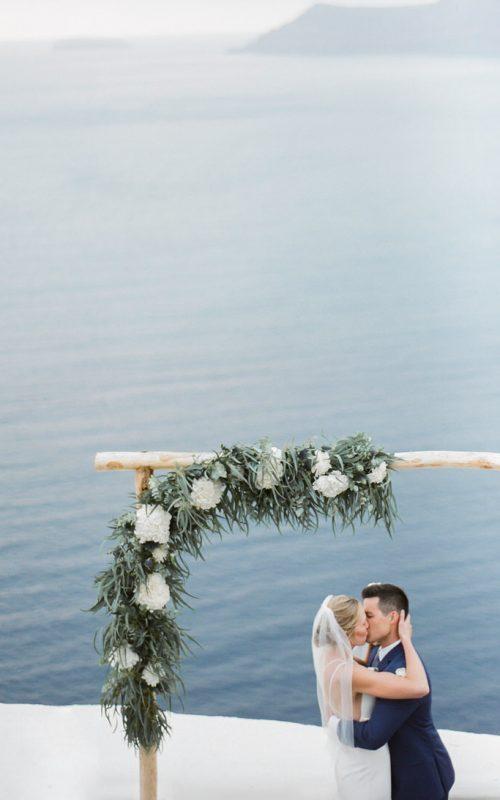 Intimate Wedding in a bohemian style in Santorini