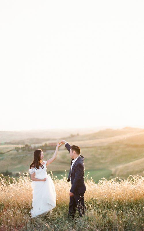 Pre-wedding Shoot in golden Tuscan Fields